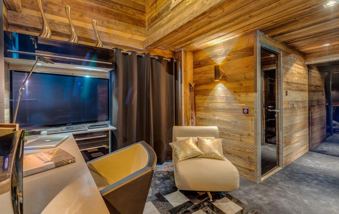 Kings-avenue-val-disere-snow-chalet-sauna-childfriendly-study-fireplace-games-room-parking-val-disere-025-16