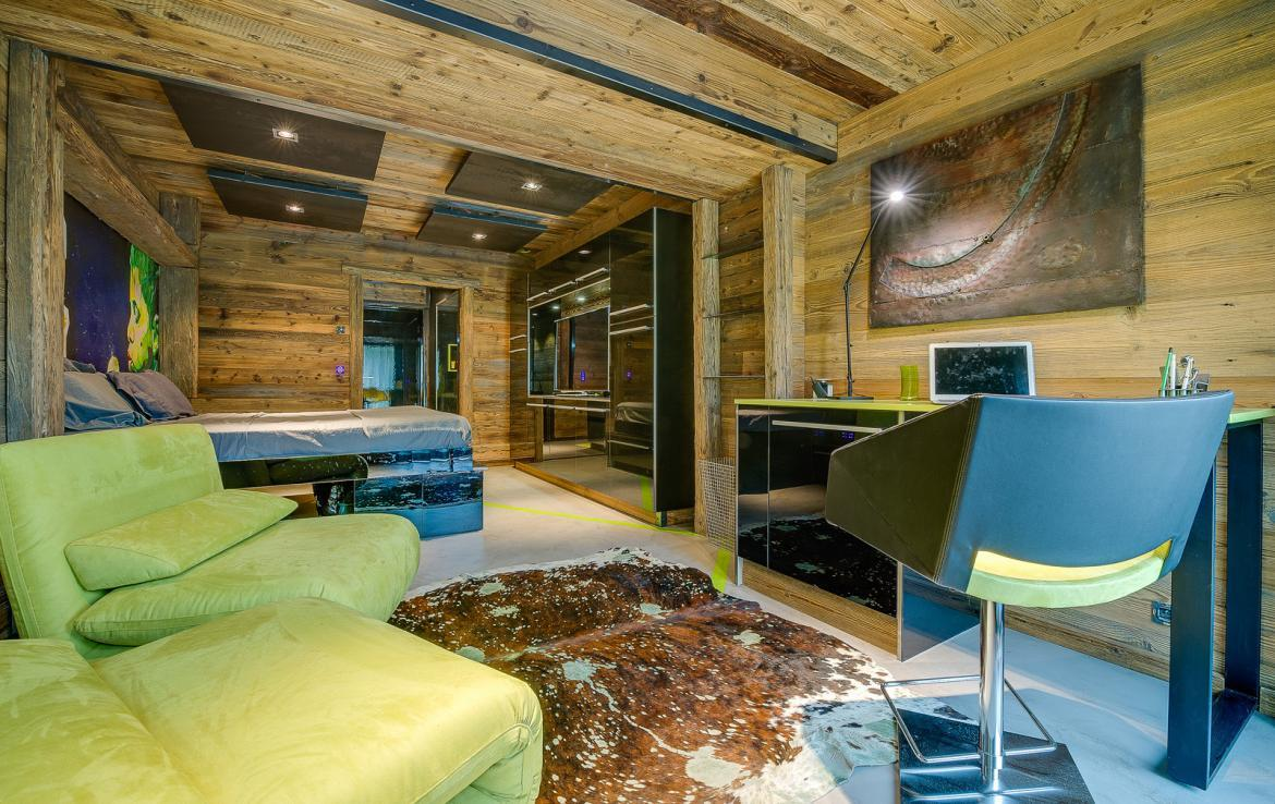 Kings-avenue-val-disere-snow-chalet-sauna-childfriendly-study-fireplace-games-room-parking-val-disere-025-19