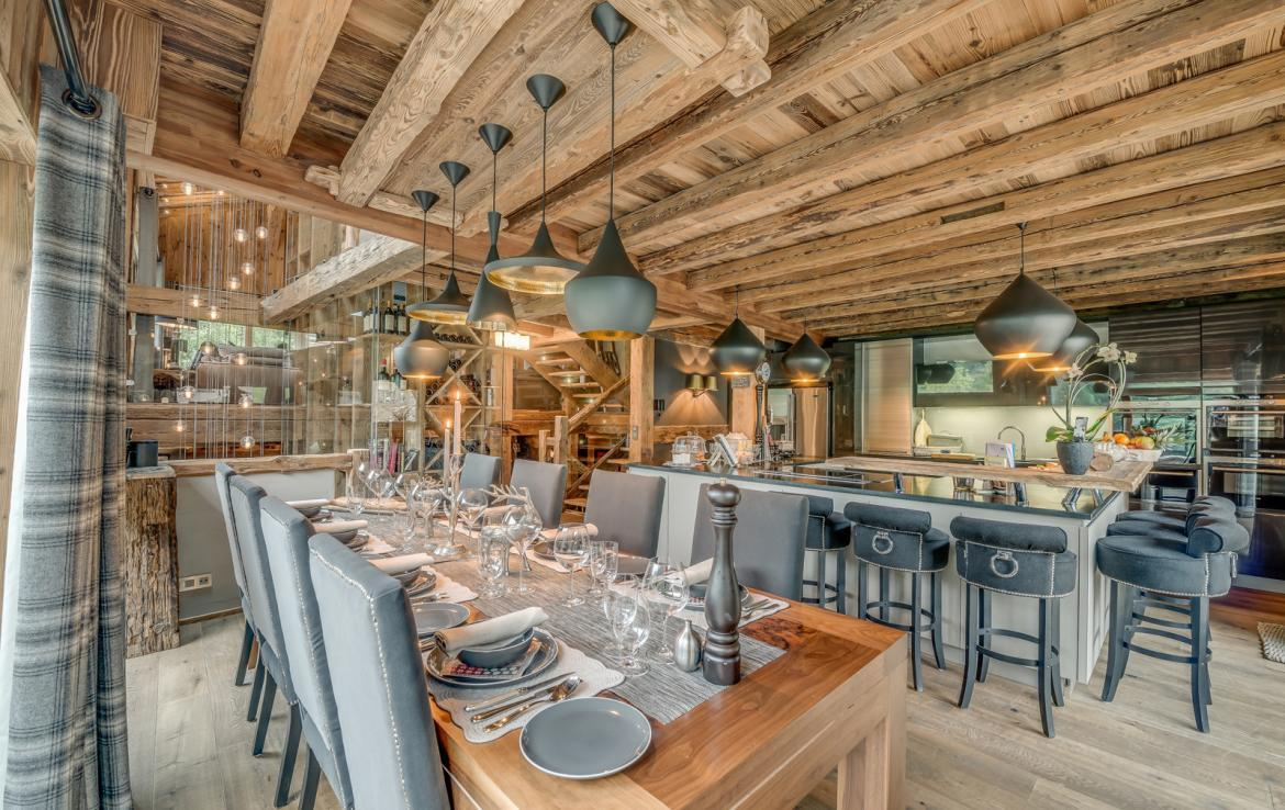 Kings-avenue-various-alpine-resorts-snow-chalet-dvd-parking-cinema-gym-bar-area-pool-table-morzine-001-1