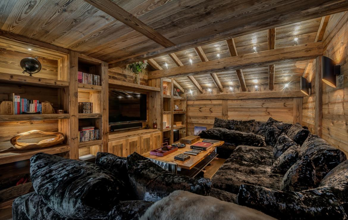 Kings-avenue-various-alpine-resorts-snow-chalet-dvd-parking-cinema-gym-bar-area-pool-table-morzine-001-6