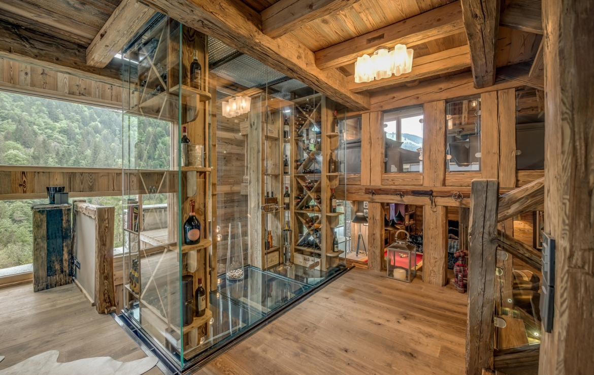 Kings-avenue-various-alpine-resorts-snow-chalet-dvd-parking-cinema-gym-bar-area-pool-table-morzine-001-8