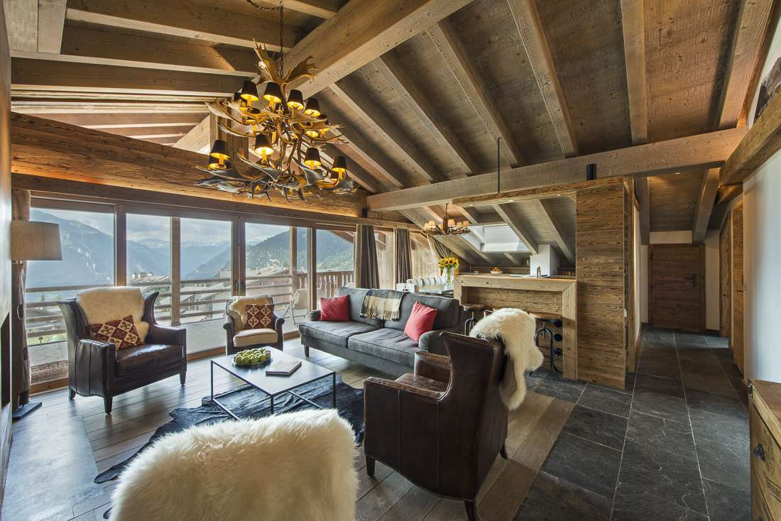 Kings-avenue-verbier-snow-chalet-outdoor-jacuzzi-childfriendly-fireplace-040-3