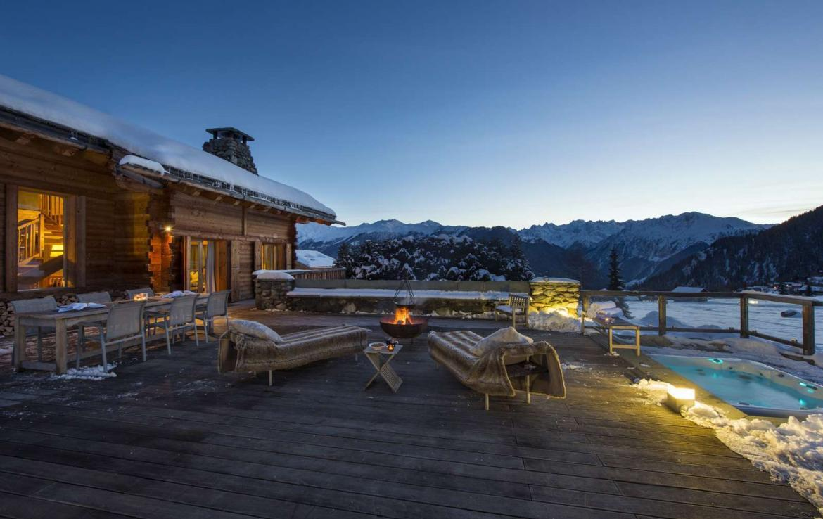 Kings-avenue-verbier-snow-chalet-outdoor-jacuzzi-parking-childfriendly-massage-room-081-1