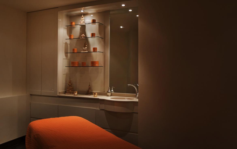 Kings-avenue-verbier-snow-chalet-sauna-jacuzzi-hammam-fireplace-sushi-bar-wine-cellar-001-28