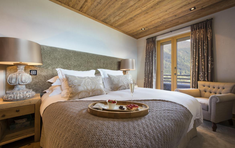 Kings-avenue-verbier-snow-chalet-sauna-outdoor-jacuzzi-cinema-fireplace-hammam-009-23