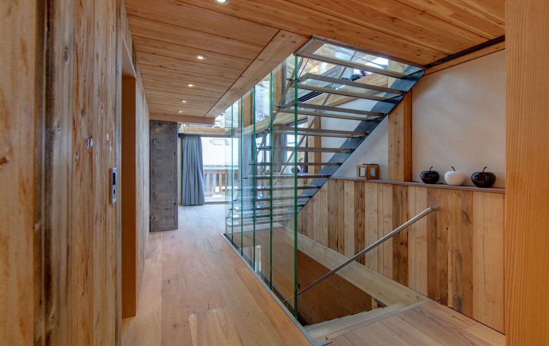 Kings-avenue-zermatt-snow-chalet-sauna-cinema-kids-playroom-fireplace-013-10