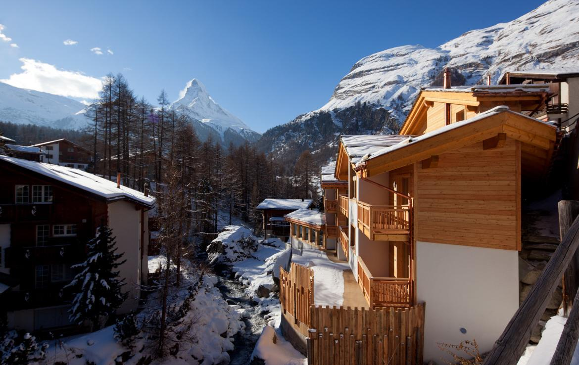 Kings-avenue-zermatt-snow-chalet-sauna-swimming-pool-childfriendly-fireplace-lift-09-14
