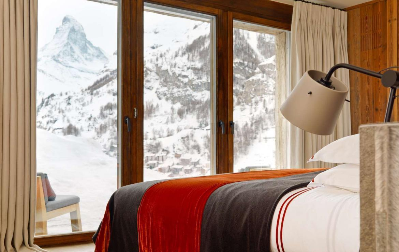 Kings-avenue-zermatt-snow-chalet-wi-fi-hammam-childfriendly-cinema-fireplace-01-12