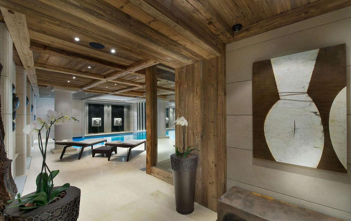 kings-avenue-luxury-chalet-courchevel-001-spa-area-with-indoor-swimming-pool