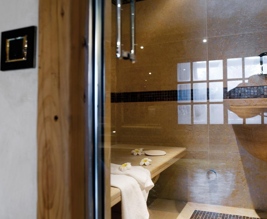 kings-avenue-luxury-chalet-courchevel-005-inside-hammam-steam-room