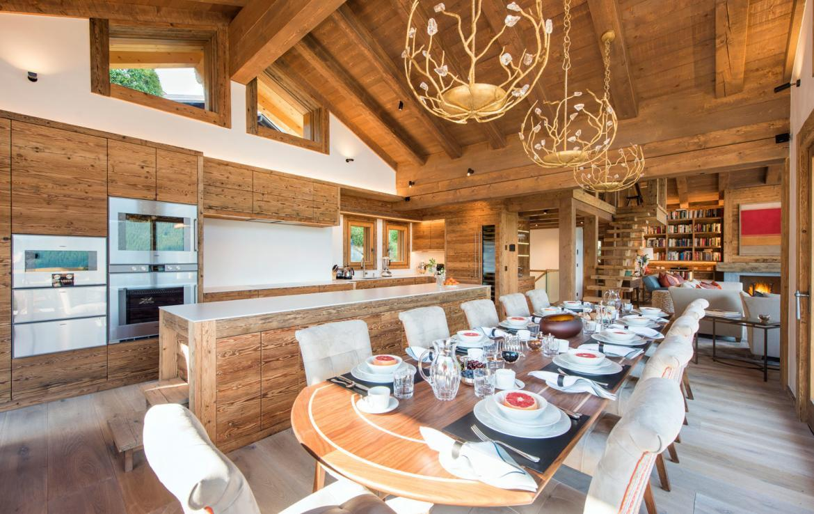 verbier-breakfast-table1-kings-avenue-chalet